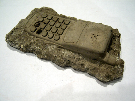 fossil-phone